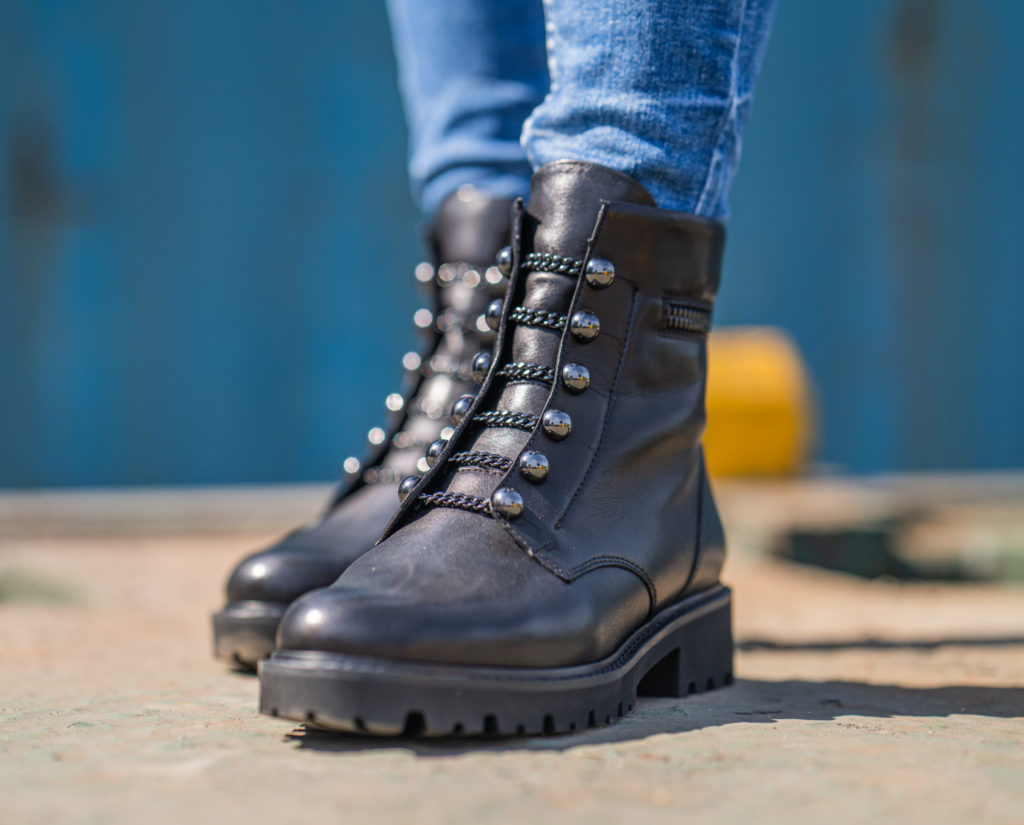 Remonte Military Boots D8670-01